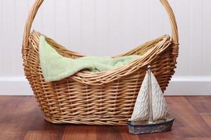blanco gestileerde studioset om een baby, kind of dier in te plaatsen. isoleer en voeg je onderwerp in foto