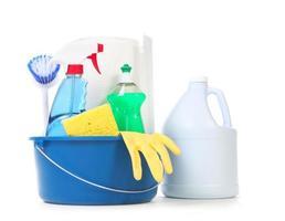 schoonmaakproducten voor dagelijks gebruik in huis foto