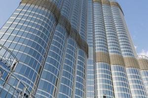 dubai, Verenigde Arabische Emiraten, 7 mei 2015 - uitzicht op burj khalifa in dubai. deze wolkenkrabber is met 828 m het hoogste door mensen gemaakte bouwwerk dat ooit is gebouwd. foto