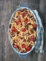 rustieke Italiaans gebakken penne pasta