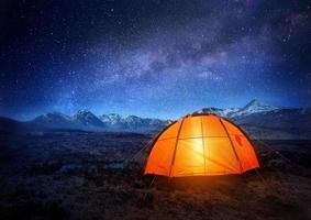 kamperen onder de sterren