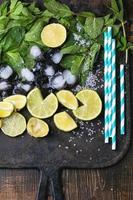 ingrediënten voor mojito foto