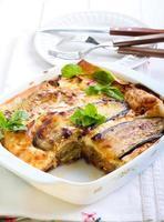 groente lasagne in een bakvorm foto
