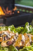 Caesarsalade met gegrilde kip