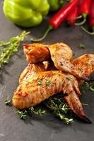 BBQ kippenvleugels foto
