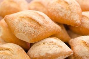 bolillo: traditioneel Mexicaans brood dat wordt gebruikt om tortas te maken foto