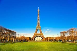 Eiffeltoren bij zonsopgang, Parijs. foto