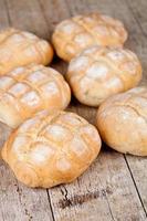 vers gebakken broodjes foto