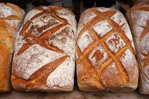 traditioneel gebakken brood. foto