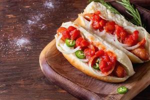 zelfgemaakte hotdogs foto