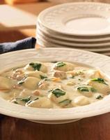 kip en gnocchi soep foto