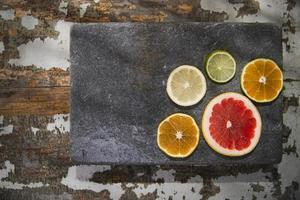 de kleuren van citrusvruchten foto