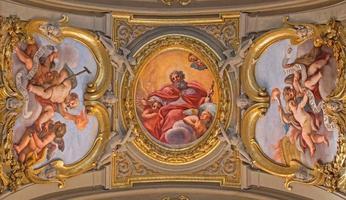 rome - plafondschildering de vader van de eeuwigheid foto