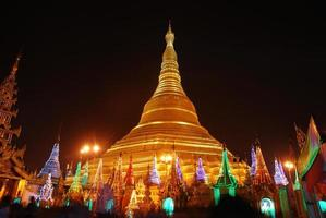 shwedagon pagode foto