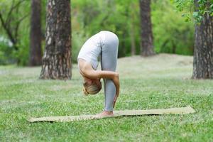 yoga, gymnastiek, pilates foto
