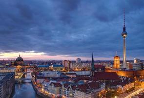 Berlijn bij zonsopgang foto