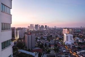 Jakarta zonsondergang foto