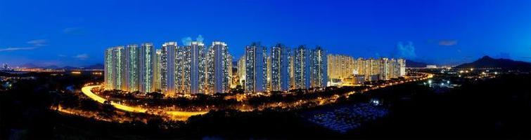 Hong Kong openbaar landgoed 's nachts, Tin Shui Wai foto