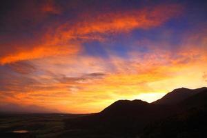 plateau van zonsondergang foto