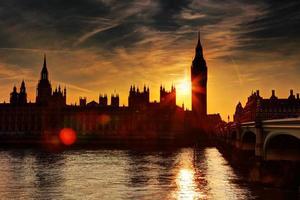 zonsondergang in Londen foto