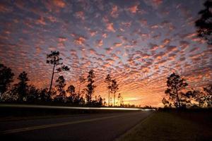 zonsondergang in de hemel foto