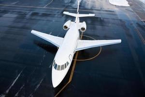 business jet falcon schot van bovenaf foto