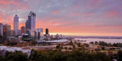 Perth en de zwanenrivier foto