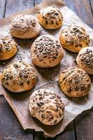 zelfgemaakte broodjes foto