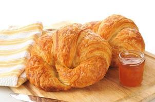 grote croissants foto