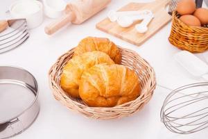 zelfgemaakte croissants foto