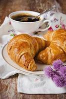 krokante croissants foto