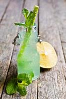 cocktailmunt en citroen foto
