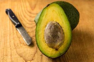 gesneden avocado foto