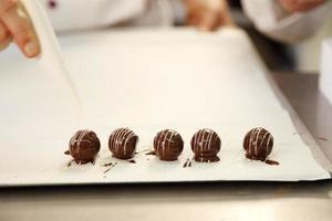 vijf chocolaatjes foto