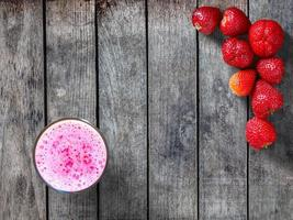 aardbeien en smoothie