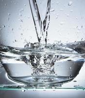 spetterend water foto