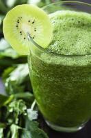 kiwi ontgiftende smoothie foto