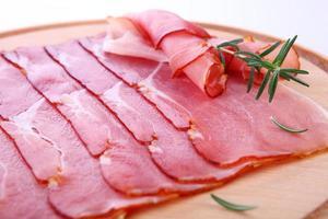 gerookte ham (italiaanse prosciutto di parma) foto