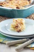 koolrabi en aardappelgratin foto