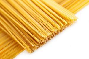 pasta op een rij geplaatst foto