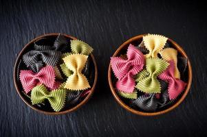 farfalle pasta Italiaanse keuken. foto