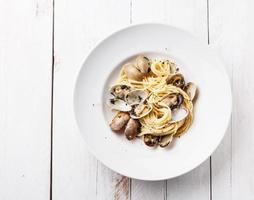 pasta met zeevruchten en venusschelpen foto