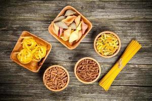 verschillende soorten pasta foto