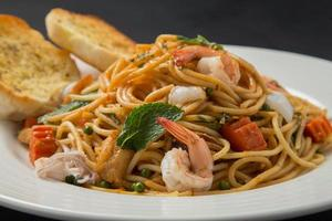 spaghetti met garnalen foto