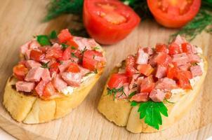 smakelijk aperitief crostini (crostino) foto