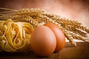 huisgemaakte pastatagliatelle foto