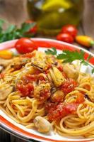 spaghetti met mosselen foto