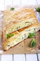 kaas en spinazietaart foto