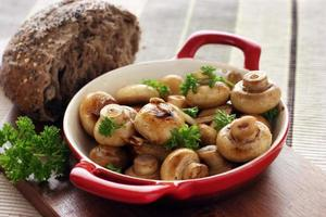 knoflookknoop champignons foto