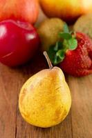 fruit op tafel foto